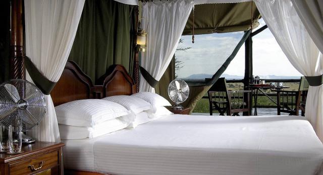 Bedroom, Kirawira Camp Serengeti Central