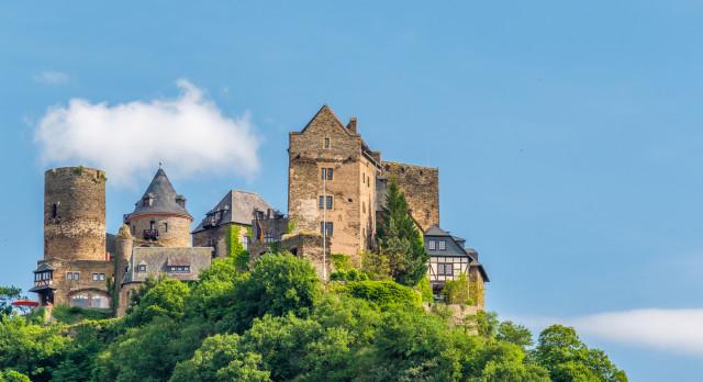 Schonburg Castle at Rhine Valley (Rhine Gorge) near Oberwesel, Germany, Europe