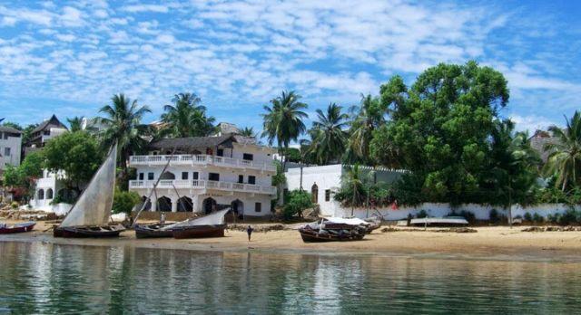 shela-beach-google-photos%2f-picasa