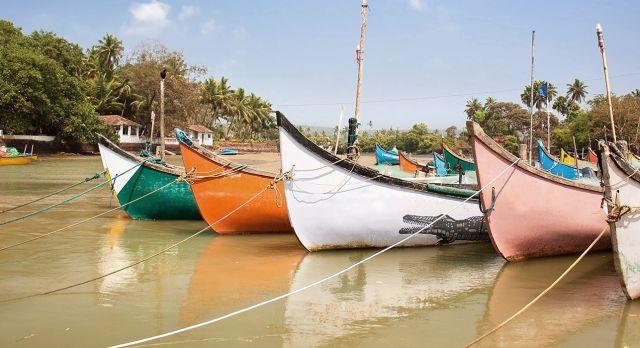 Boote vor der Küste (Goa)