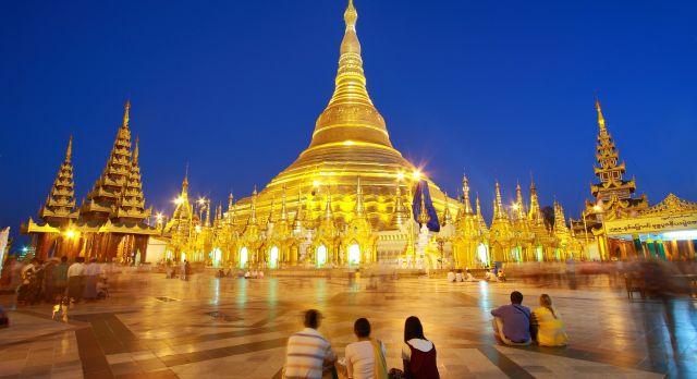 atmosphere of dusk at Shwedagon pagoda in Yangon, Myanmar, shutterstock_79253809