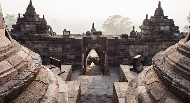 Indonesien Sehenswürdigkeiten: Der Borobodur Tempel