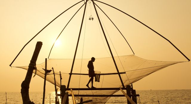 See the Chinese fishing nets of Cochin on a South India vacation
