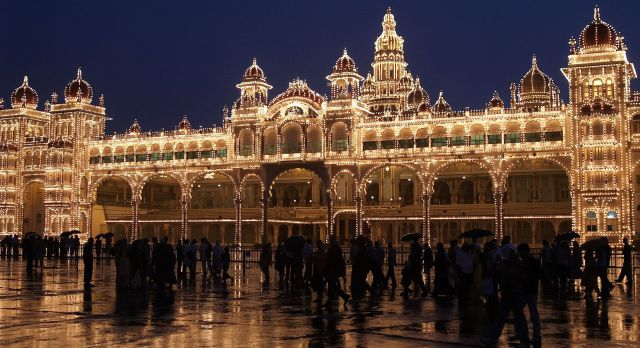 See the stunning Mysore Palace on a South India vacation