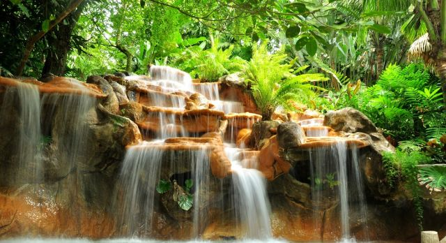Experience the hot springs in Arenal on a Costa Rica Vacation