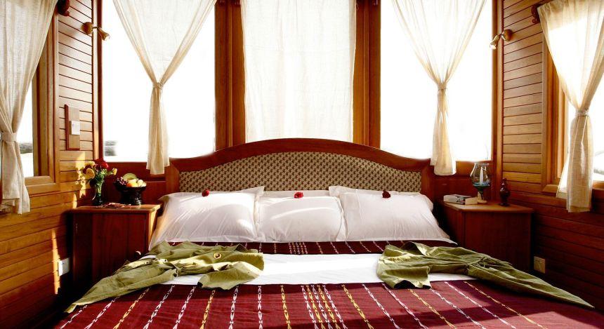 Frisch gemachtes Bett