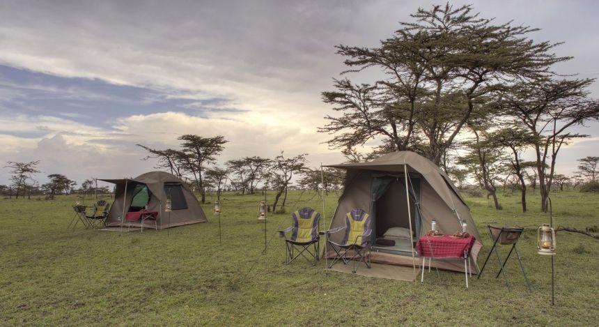 Temporär aufgestellte Zelte in der Masai Mara