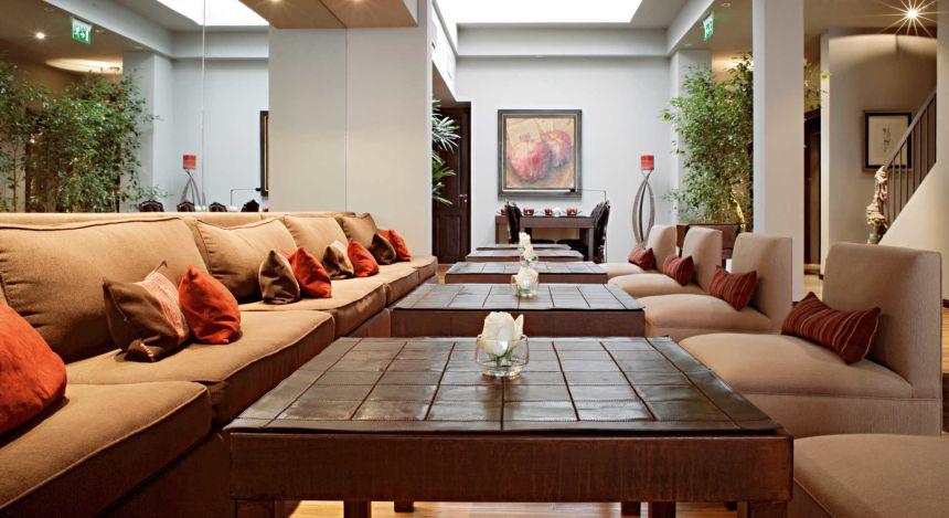 Foyer mit Sitzbereich im Hotel Legado Mítico in Buenos Aires, Argentinien