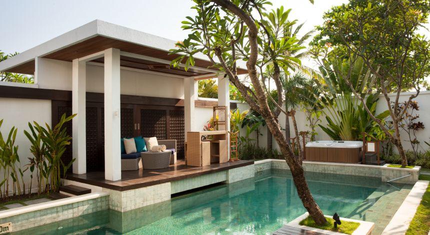 Enchanting Travels ali Tours Samaya Seminyak Pool - One Bedroom Royal Pavilion