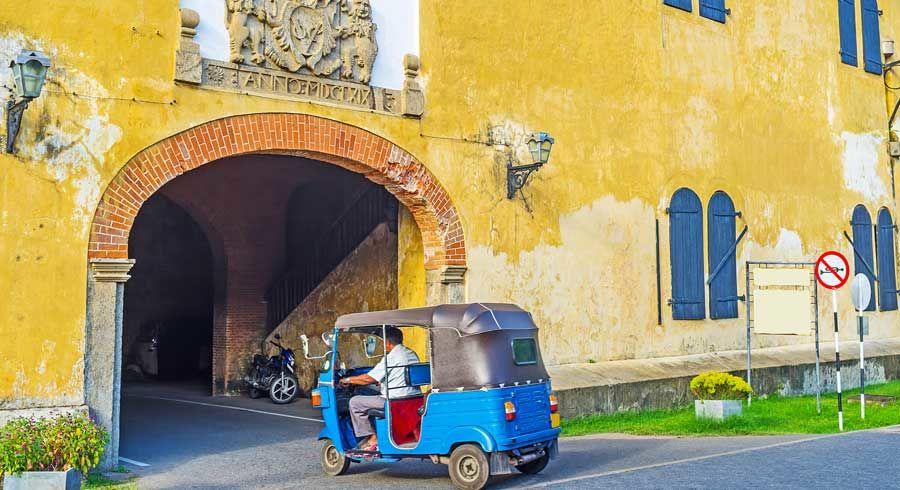 Alt-holländische Kolonialbauten in der Stadt Galle im Süden Sri Lankas