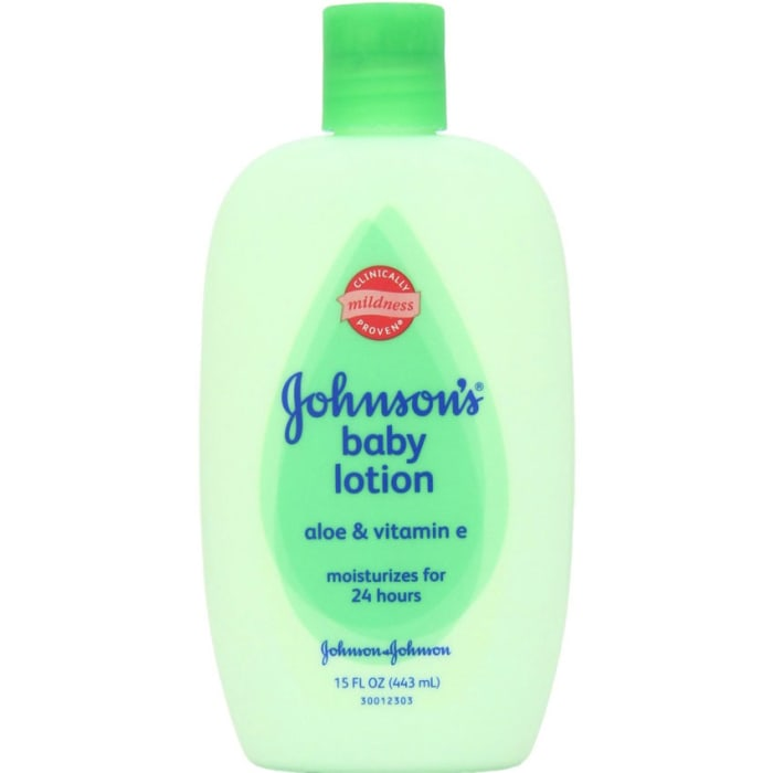 Johnsons  Aloe Vera & Vitamin E Body Lotion