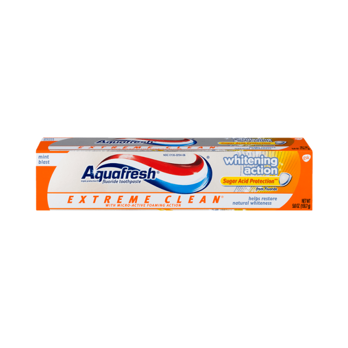 Aquafresh Extreme Clean Whitening Action Toothpaste