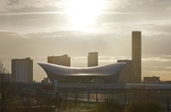 Zaha_Hadid_s_beautiful_London_Aquatics_Centre__HUFTON_CROW.jpg