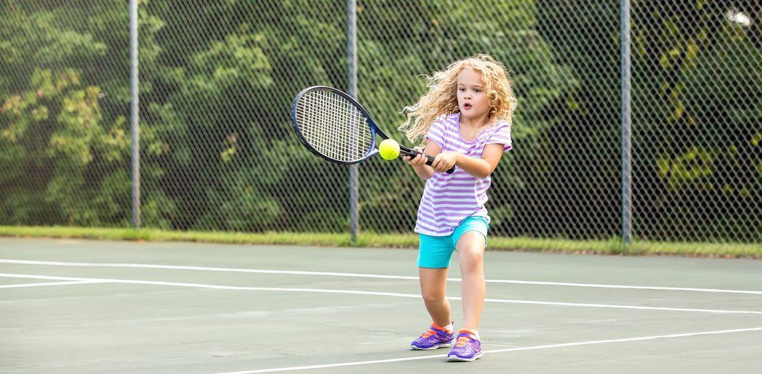 Homepage banner desktop tennis for kids 4
