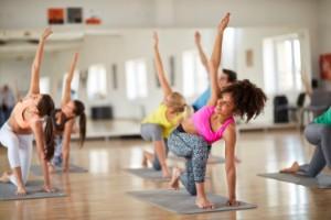 Fitness class female pilaates