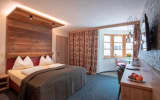 Neue Post Apartments,Zell am See