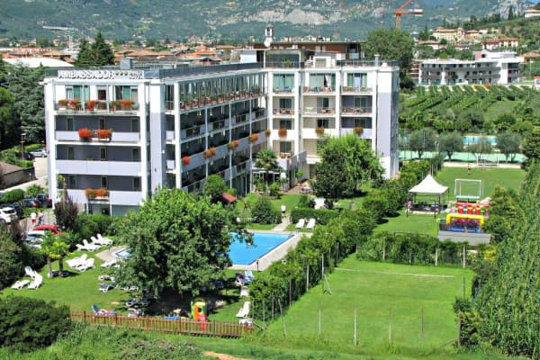 Ambassador Suite Apartments,Riva