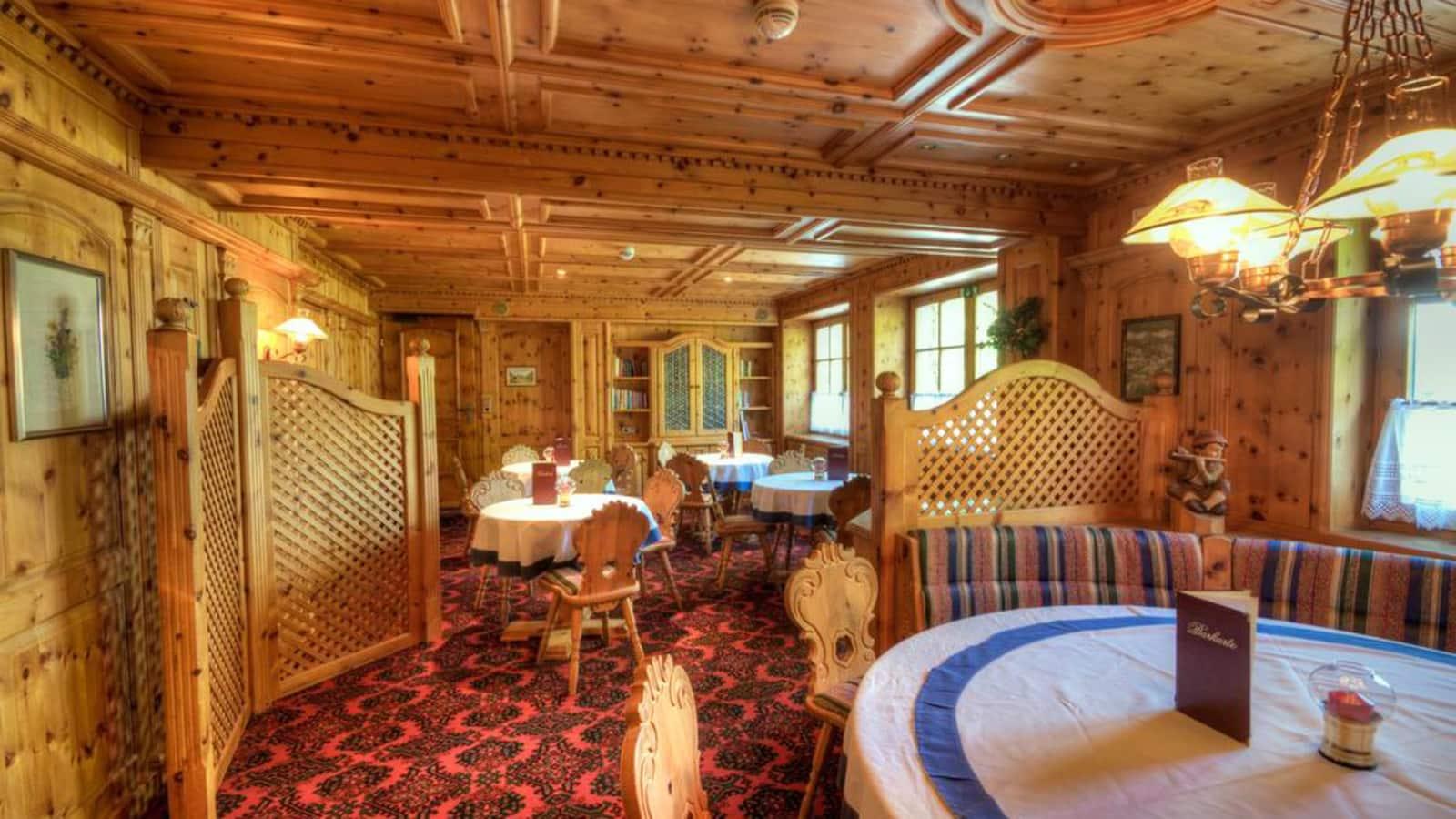 Hotel Alpina, Bad Hofgastein, Austria - Cheap Ski Holidays 2017 2018
