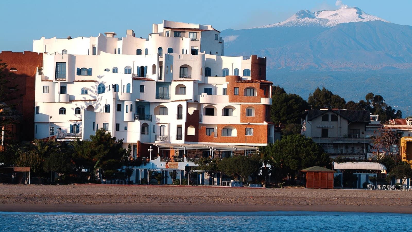 Hotel sporting baia giardini naxos - Hotel ai giardini naxos ...