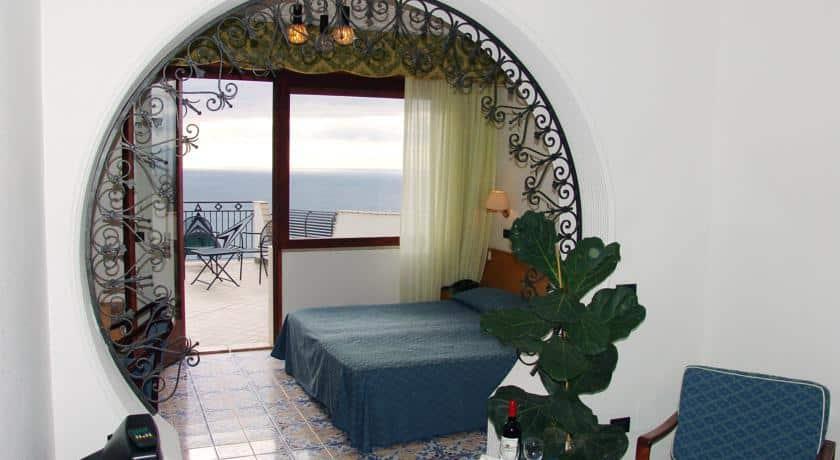 Hotel Vello D Oro