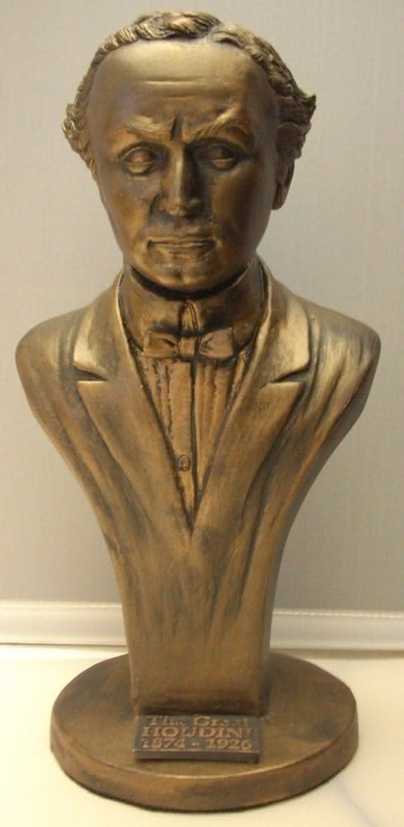 The Great Houdini Bust