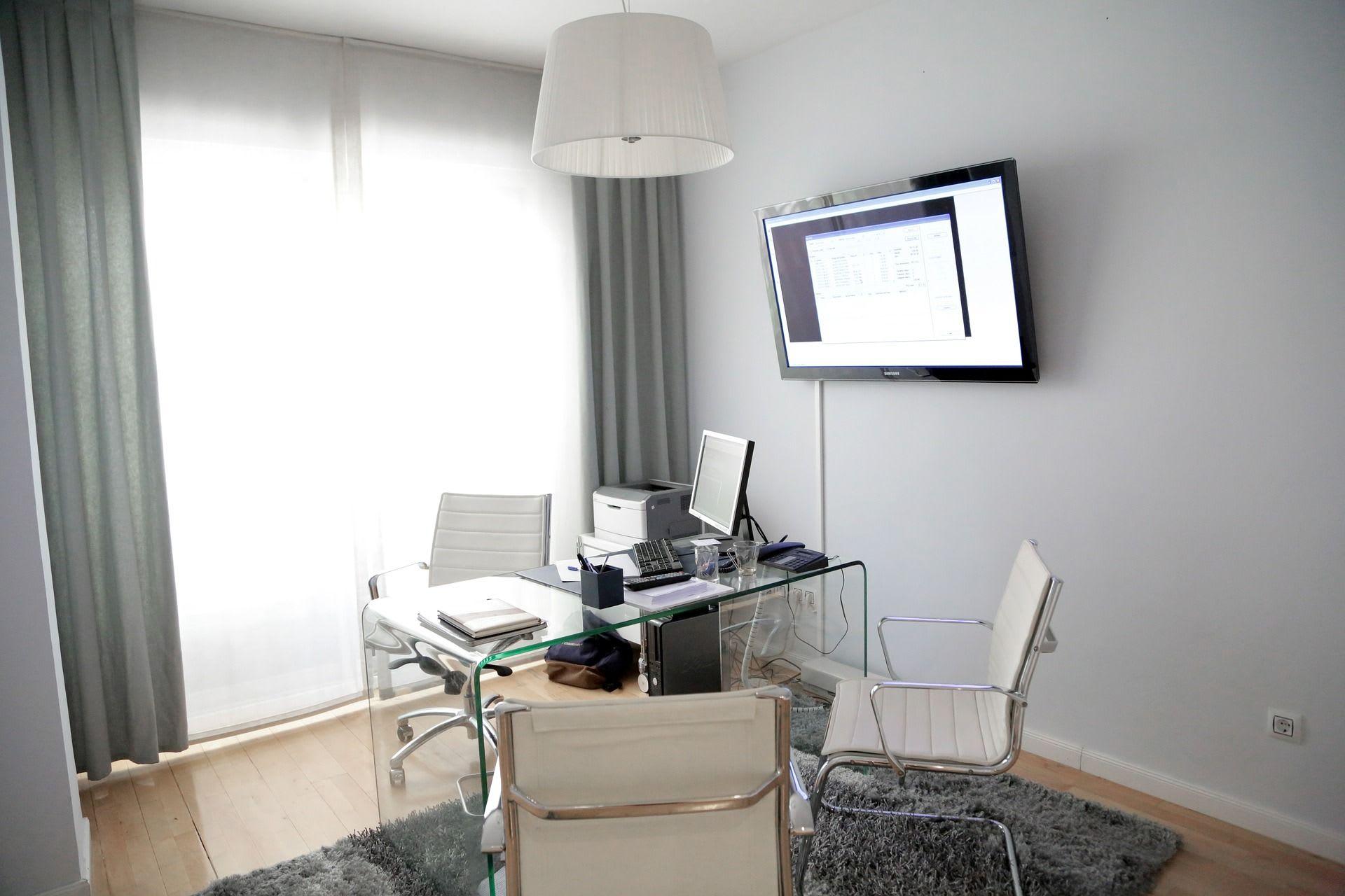 Consultas individuales por videoconferencia o presencial.