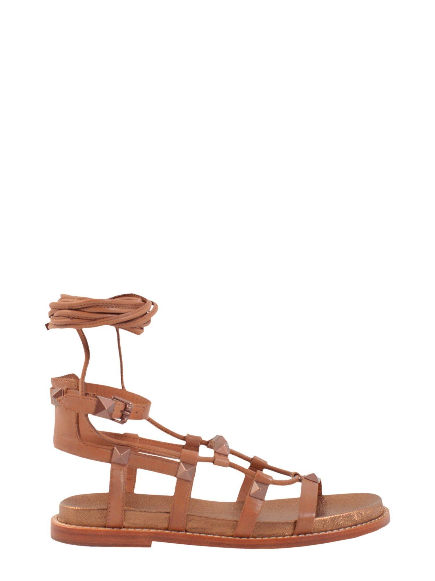 Magnun Sandal