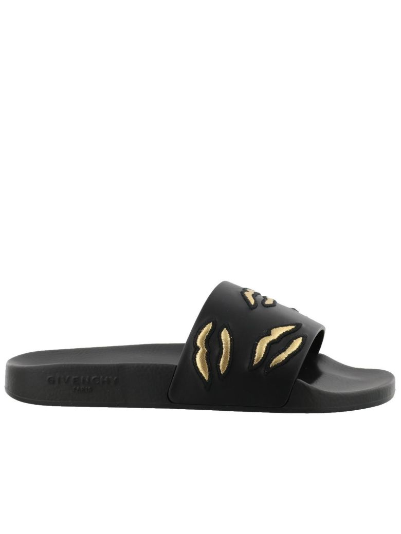 KISS SLIDE SANDAL