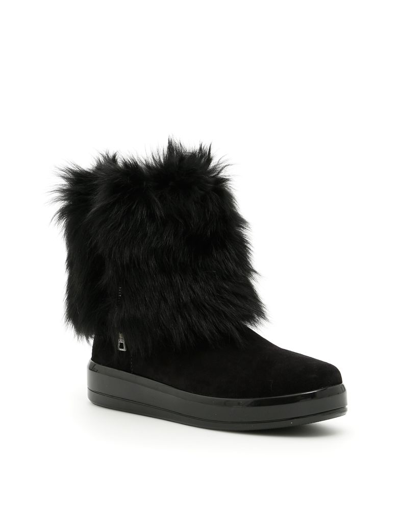 SUEDE AND SHEEPSKIN BOOTIES