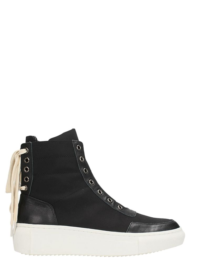 D BY D BLACK LEATHER SNEAKERS