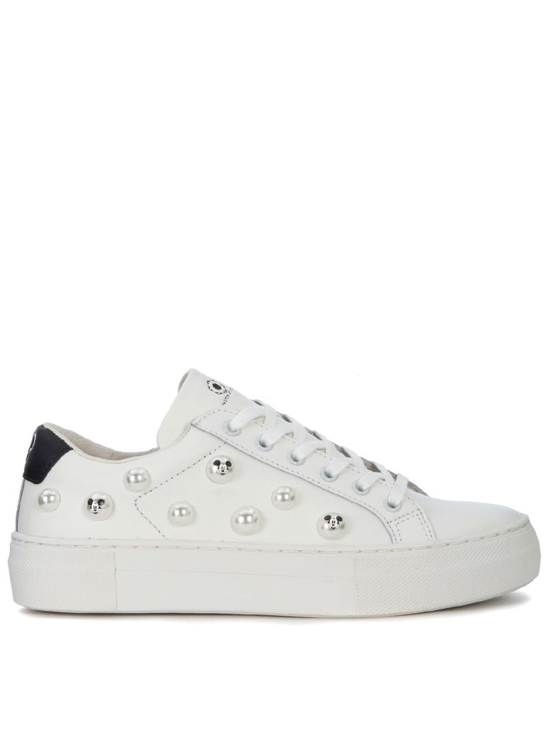 M.O.A. MASTER OF ARTS MOA MICKEY MOUSE WHITE LEATHER SNEAKER WITH PEARLS