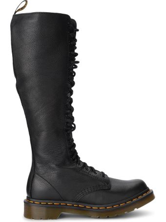 Dr. Martens Model 1b99 Virginia Black Leather Boots With 20 Fori Eyelets.
