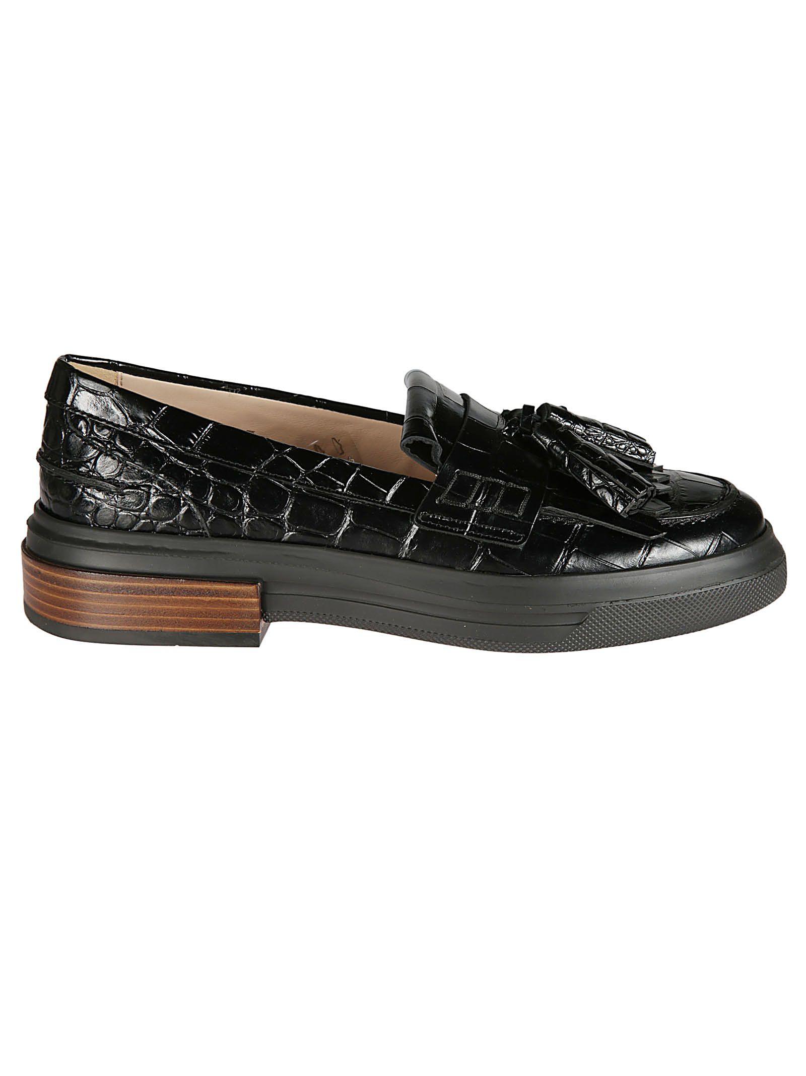 Tassel Detailed Crocodile Loafers in Black