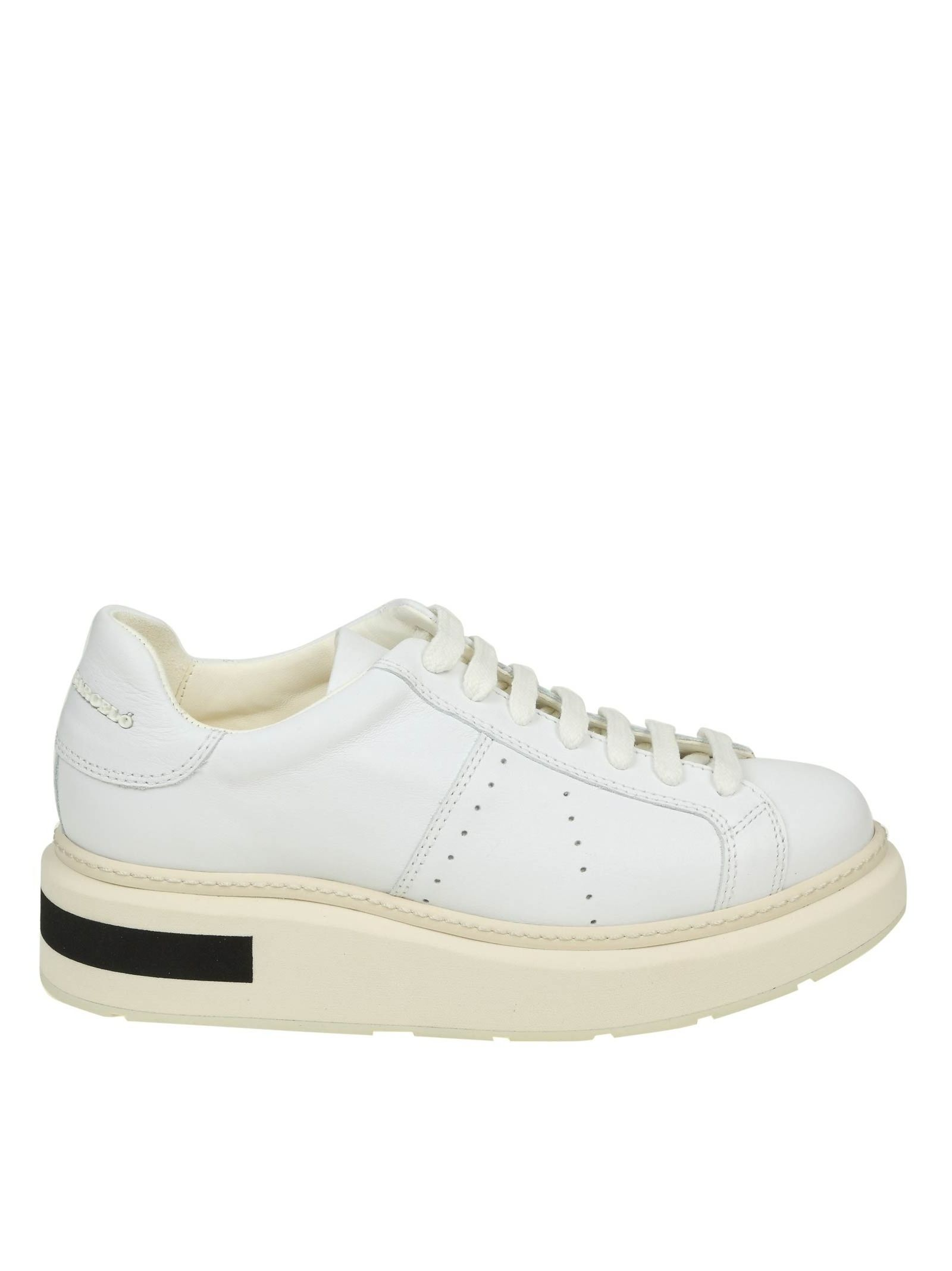 Manuel Barcelo' Sneakers In White Leather