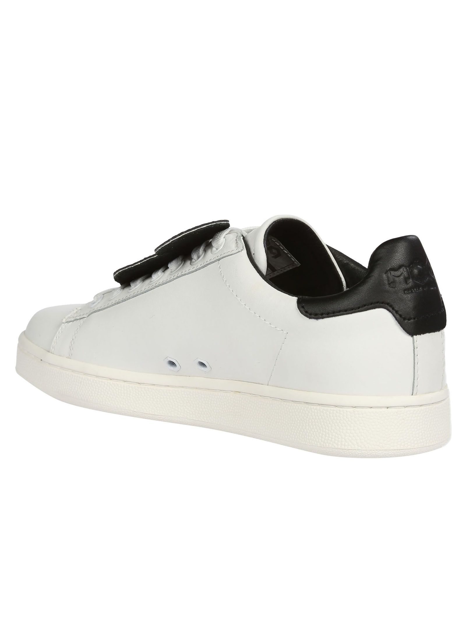 White sneaker MOA Master Of Arts t73ds