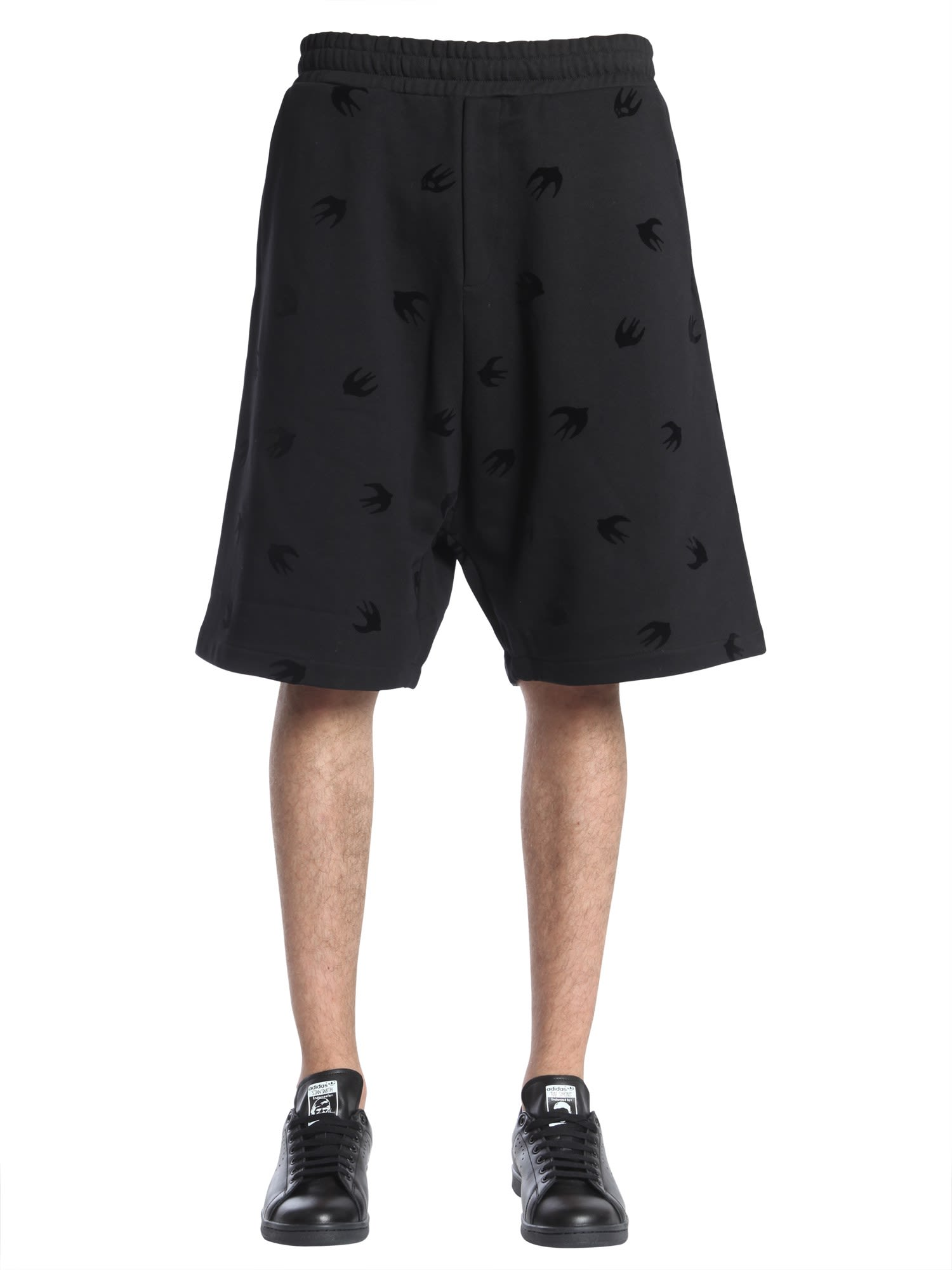 MCQ BY ALEXANDER MCQUEEN MINI SWALLOW PRINTED SHORTS