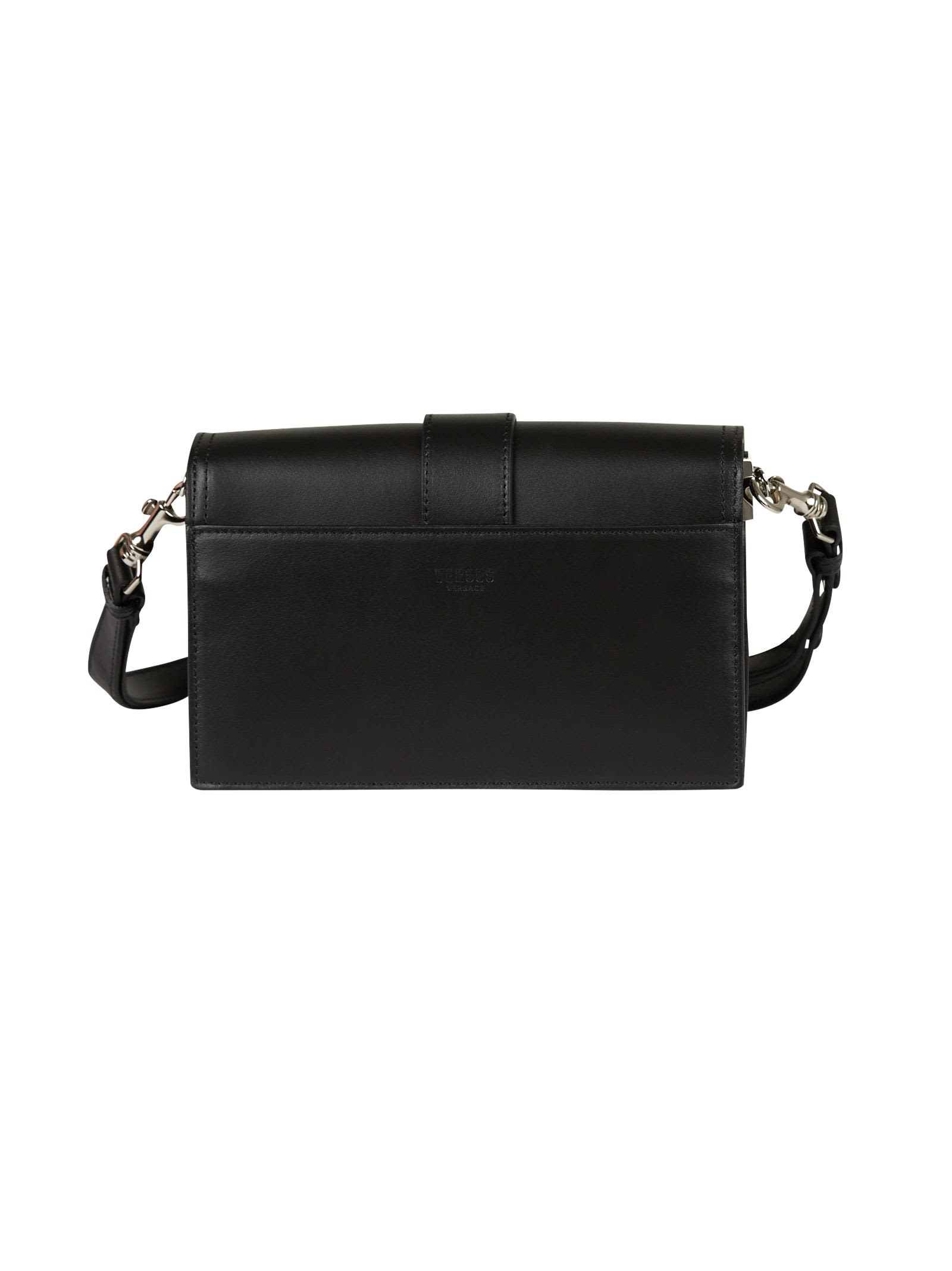 Versus Iconic Buckle fringed bag Qp3FXE