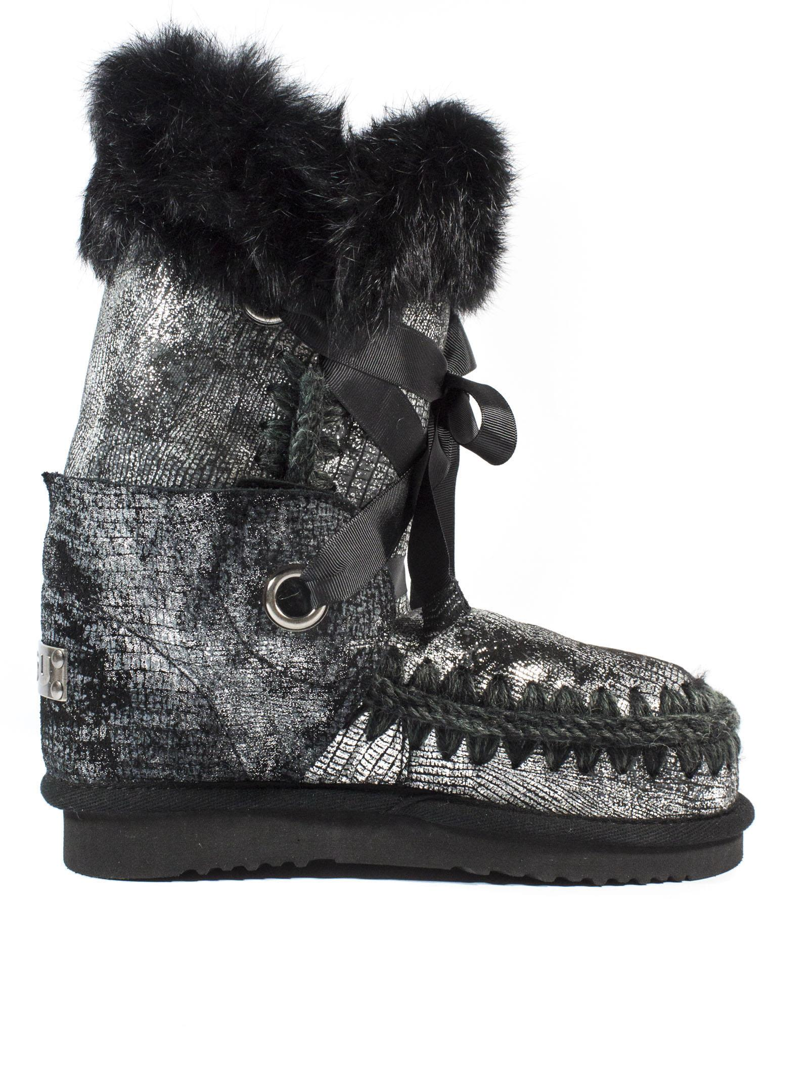 Eskimolace In Black Sheepskin With Laces And Fur.