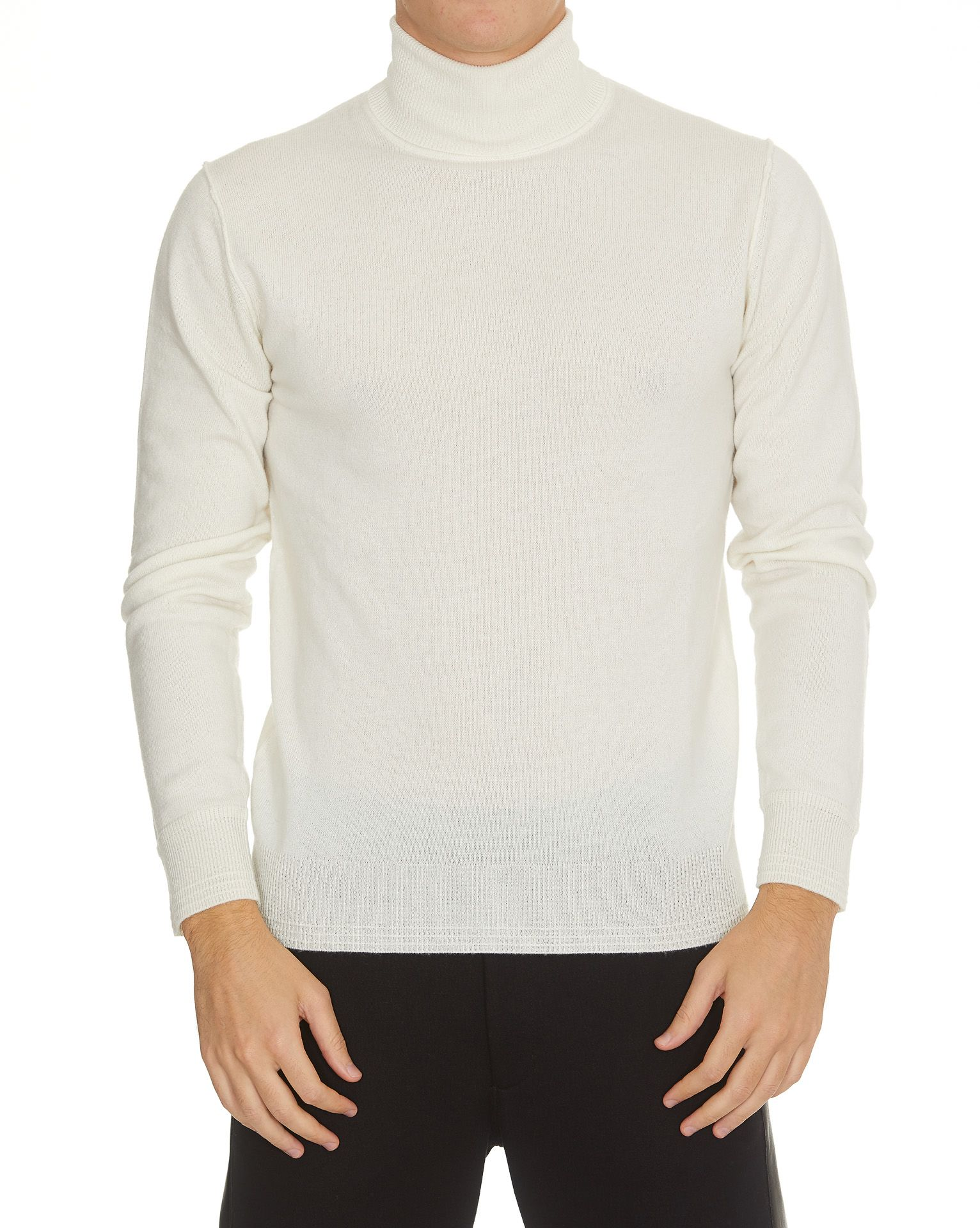 HŌSIO Sweater in White
