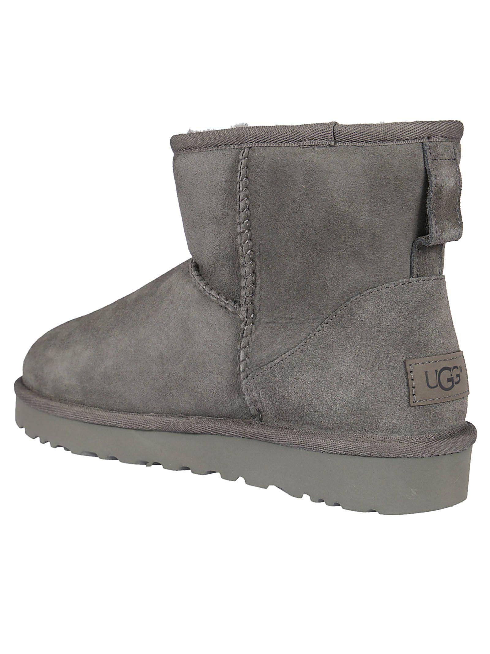 b2c72d4de9f ireland ugg australia classic mini ankle boots black 6c672 25d89