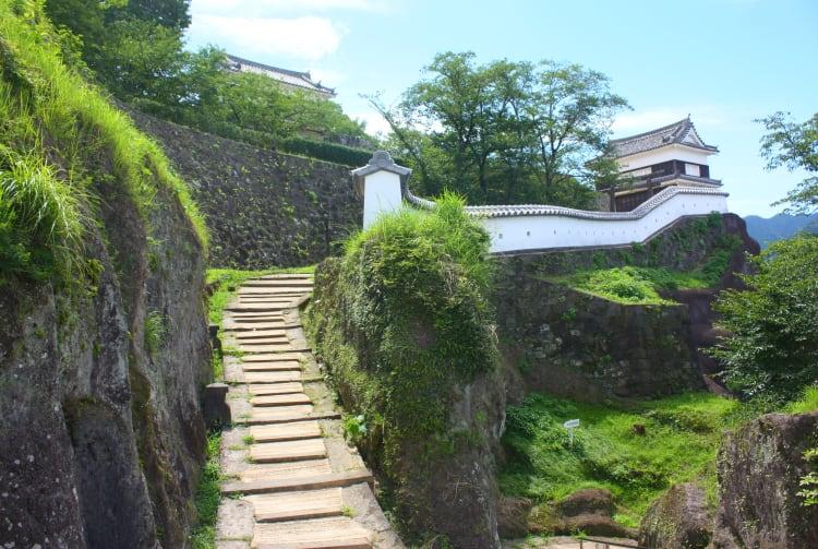 Ruins of Ususki Castle at Usuki Park & Daimonyagura