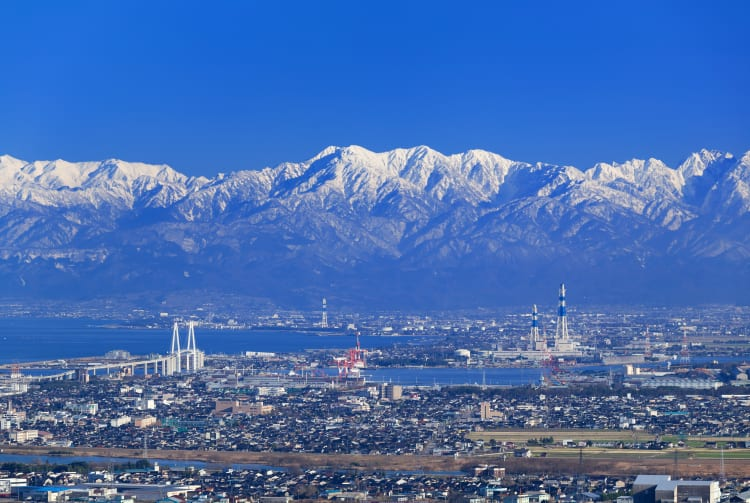 The Tateyama Range