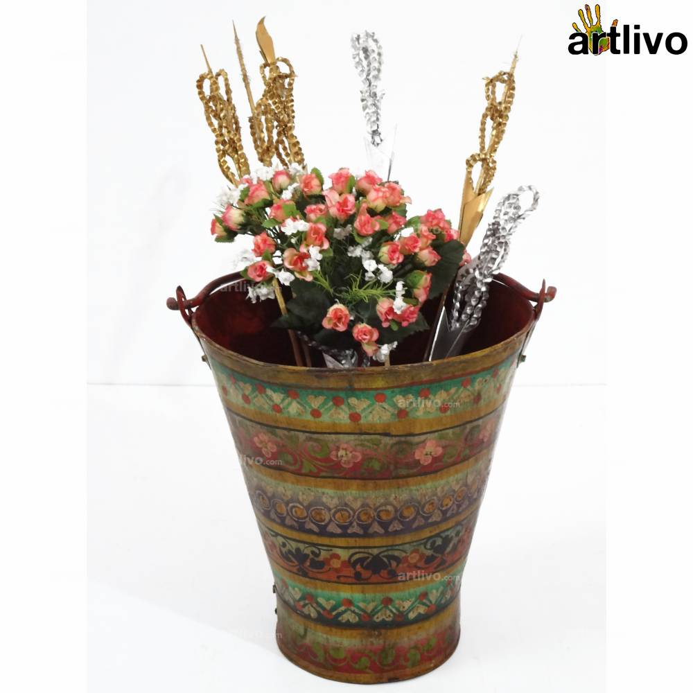 POPART Multi Strip Iron Bucket