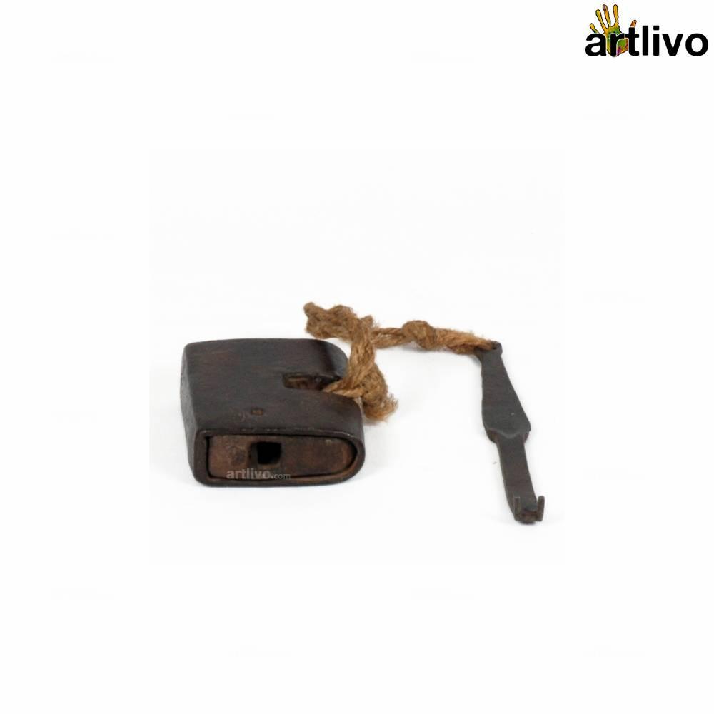 VINTAGE Assorted Lock