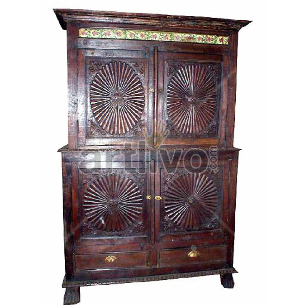 Old Indian Beautiful Plush Solid Wooden Teak Almirah
