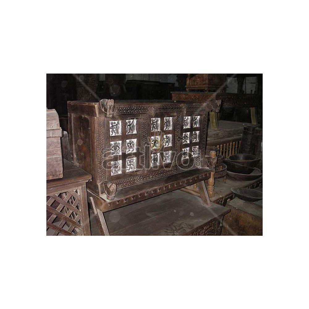 Antique Indian Beautiful aristocratic Solid Wood square block having ancient art Trunk