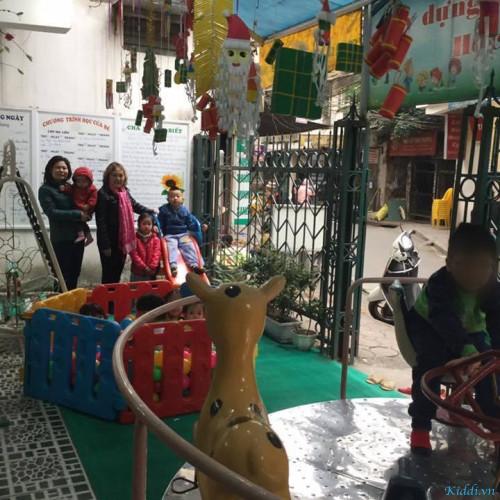 Mầm Non Ly Ly - Ngõ 98 -  Khâm Thiên