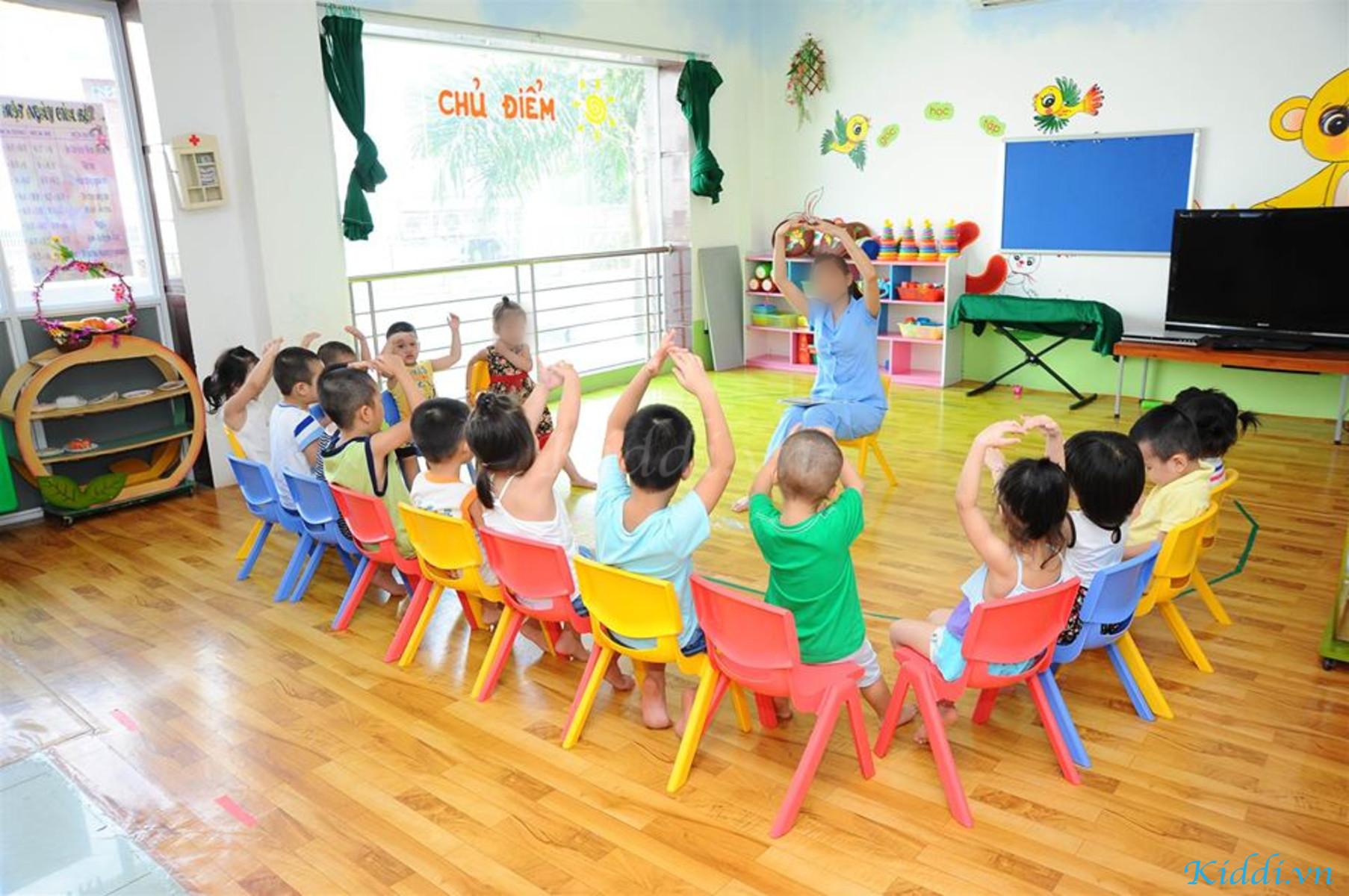Ảnh Của Đội Ngũ Kiddi Tại Trường Mầm Non Chích Bông - Phạm Hùng ...