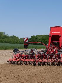 Kverneland, seeding, sowing, seed drill