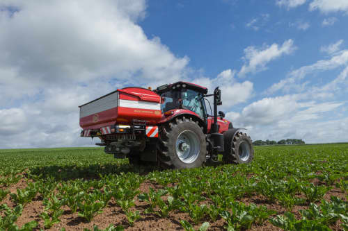 Disc Spreaders - Vicon RotaFlow XXL GEOSPREAD,  spreading during efficient and precise operation on field